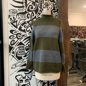 100% Wool Vintage J Crew Sweater Size S